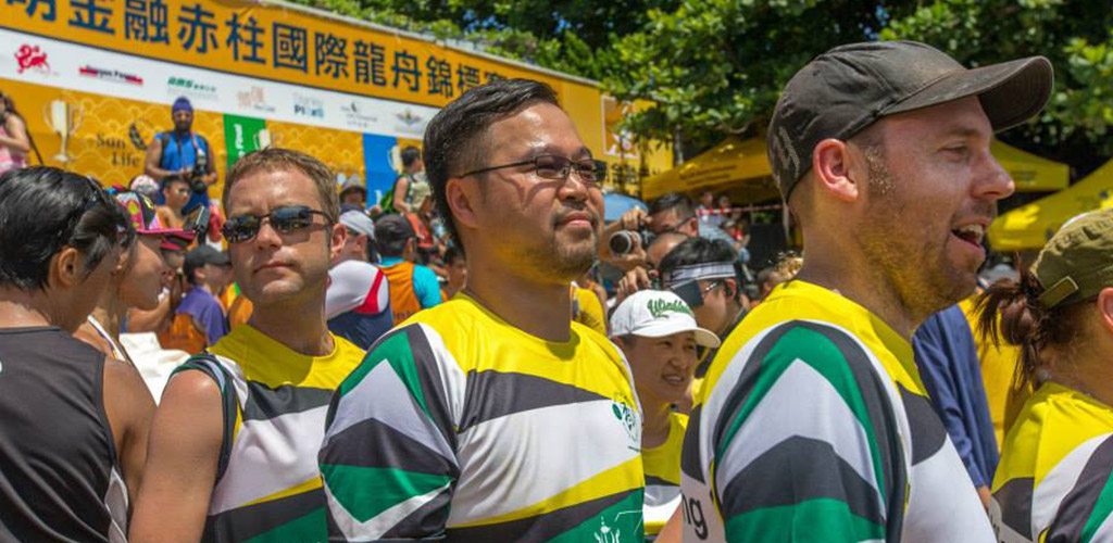 stanley-dragon-boat-carnival-hong-kong-starting-with-a-12