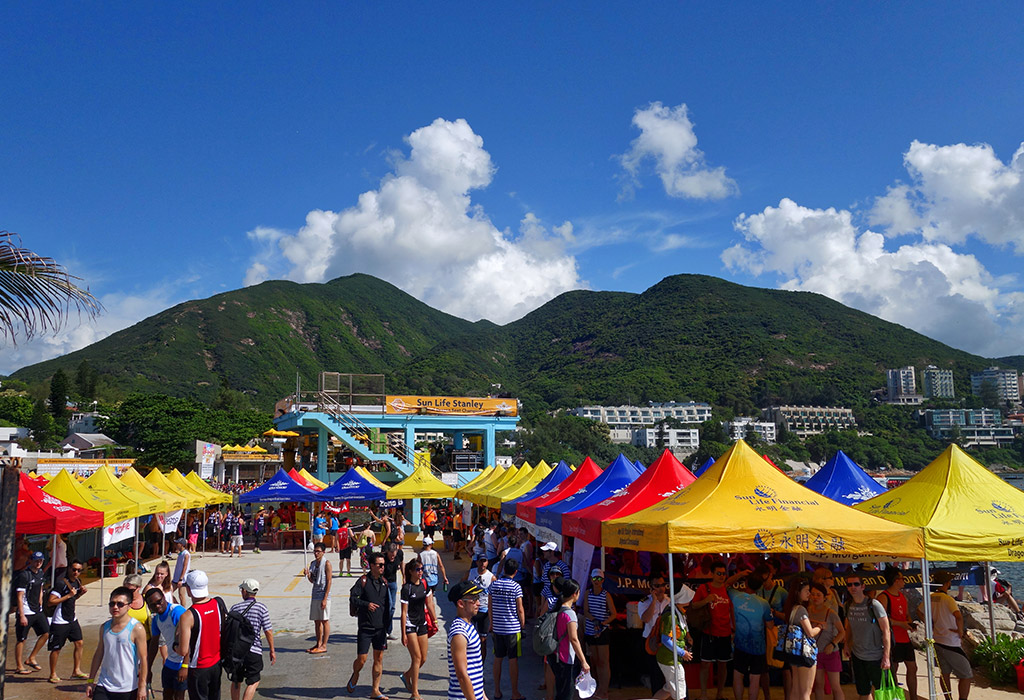 stanley-dragon-boat-carnival-hong-kong-starting-with-a-14