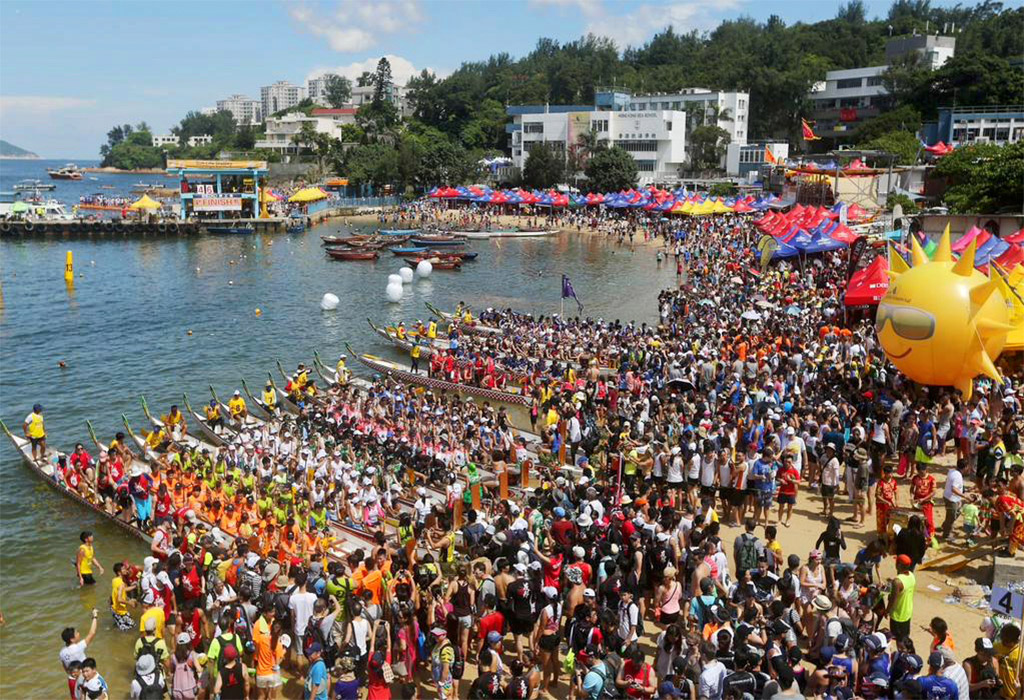 stanley-dragon-boat-carnival-hong-kong-starting-with-a